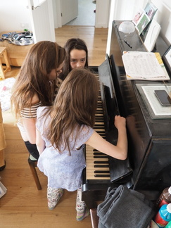 Grace, Eleanor and Mia