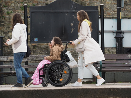Anna , Mia and Grace