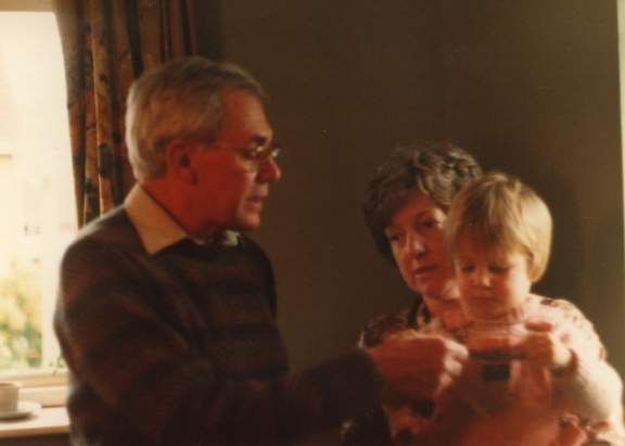 Peter Linwood, Maureen Linwood and Me[alex] in August 1984